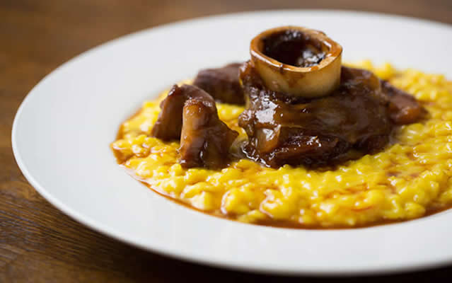 Risotto Milanese with osso buco at Café Murano.